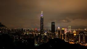 夜视图在台北,台湾 库存图片