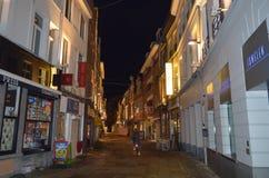夜视图在市中心在跟特, 2017年11月5日的比利时 图库摄影