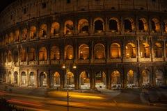 夜视图大剧场在罗马意大利 免版税库存照片