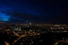 夜都市风景背景 免版税图库摄影