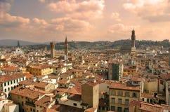 夜间佛罗伦萨。 库存图片