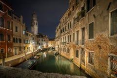 夜间在威尼斯 免版税库存图片