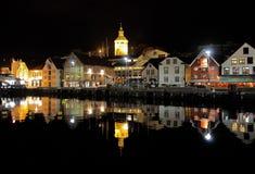 夜间客户港口挪威斯塔万格 免版税库存照片