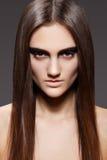 夜间方式头发高做模型平直  免版税库存照片
