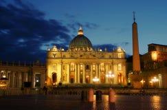 夜间梵蒂冈 免版税库存图片