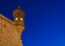夜间gardjola马耳他 免版税库存图片