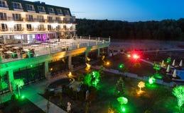 夜餐馆大阳台在一家五星旅馆里在Kranevo,保加利亚 库存图片