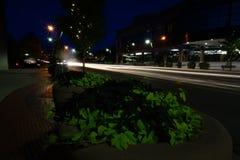夜间交通在巴特尔克拉克密执安 免版税库存图片