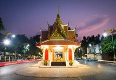夜间寺庙 库存图片