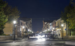 夜1870年9月20日街道在里米尼,意大利 图库摄影