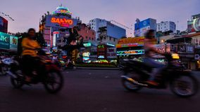 夜间流逝在西贡, haotic交通 股票视频