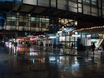 夜购物场面,悉尼 免版税库存照片