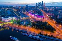 夜间莫斯科 免版税库存照片