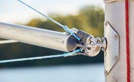 大三角帆杆是用于风船的晶石 库存照片