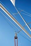 大三角帆杆是用于风船的晶石 图库摄影