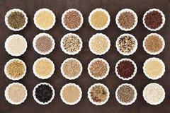 大五谷和谷物食物取样器 库存照片