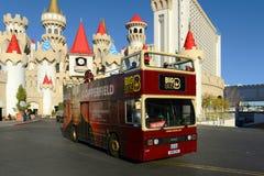 大公共汽车在拉斯维加斯, NV游览 免版税库存照片