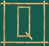 大写字母Q做了现实棕色干燥竹杆里面木棍子框架 皇族释放例证