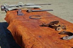 大农场牛仔的工具 免版税库存照片