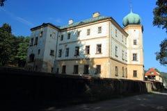 大别墅在Adrspach 图库摄影