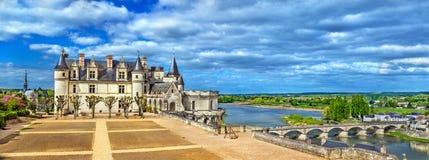 大别墅d `昂布瓦斯,其中一座城堡在卢瓦尔河流域-法国 库存图片
