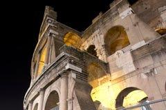 大剧场在罗马在晚上之前,意大利 免版税库存图片