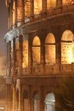 大剧场晚上(Colosseo -罗马-意大利) 库存照片
