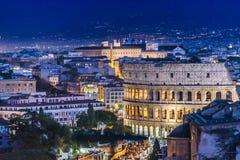 大剧场鸟瞰图夜场面,罗马 库存图片