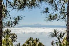 从大加那利岛的一个看法特内里费岛的 免版税库存图片