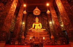 大厅主要suthat泰国thepwararam wat 库存照片