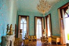 大厅内部在沃龙佐夫宫殿在阿卢普卡,克里米亚 免版税库存图片