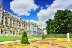 大厅凯瑟琳宫殿s selo tsarskoe 免版税库存照片