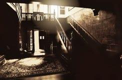 大厅的一个鬼和不祥的图象在土尔沙的Harwelden豪宅的 免版税图库摄影