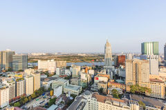 从大厦上面的胡志明市视图  免版税库存图片