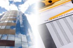 大厦企业财务图表的拼贴画 免版税库存照片