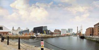 大厦利物浦端口 免版税库存图片