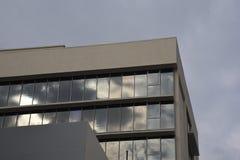 大厦反射 免版税库存照片