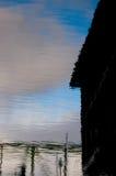 大厦反映天空 免版税库存照片