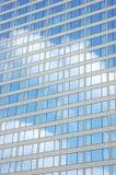 大厦反映视窗 免版税库存照片