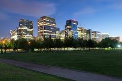 大厦在一个新的财政和商业中心在Las Condes 库存图片