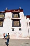 大厦在哲蚌寺 免版税图库摄影