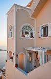 大厦在日落的,圣托里尼,希腊Fira 免版税库存图片