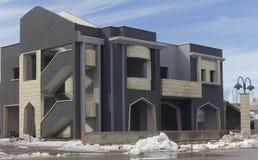 大厦在晶族村庄 免版税库存图片