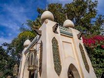 大厦在迪斯尼乐园公园的探险世界 免版税库存图片