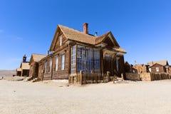 大厦在Bodie鬼城历史的国家公园 库存图片