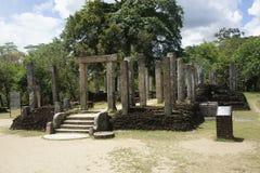 大厦在polonnaruwa古老被破坏的城市在斯里兰卡 免版税库存照片