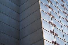 大厦壁角具体玻璃窗现代建筑学摩天大楼 库存图片