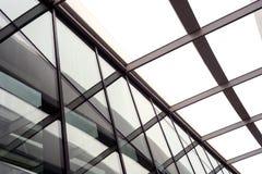 大厦屋顶高视阔步和玻璃 免版税图库摄影