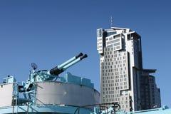 大厦开枪现代海军老 库存照片