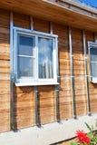 大厦房子,被镀锌的条板箱的设施 免版税图库摄影